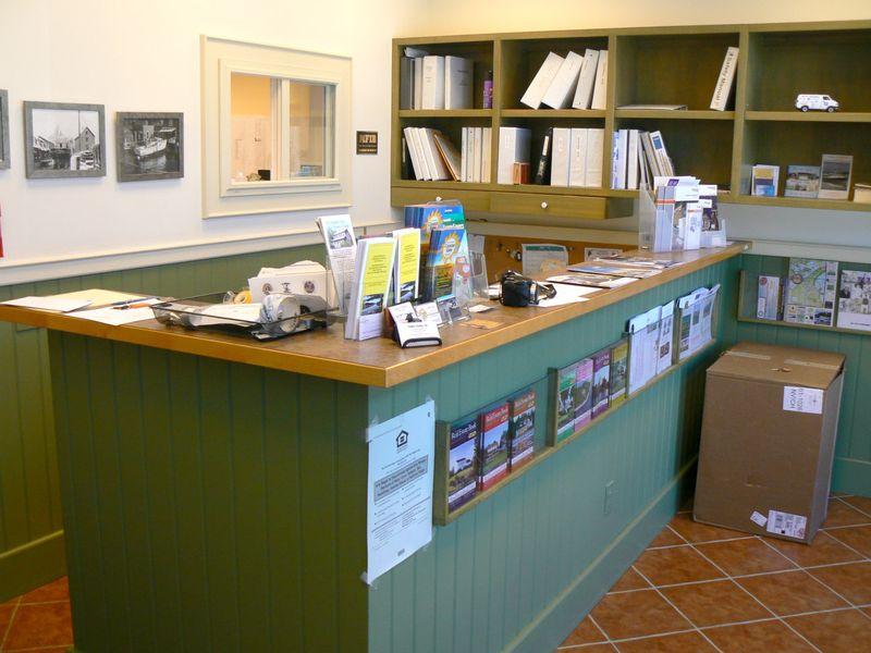 SE Reception Office 1400px