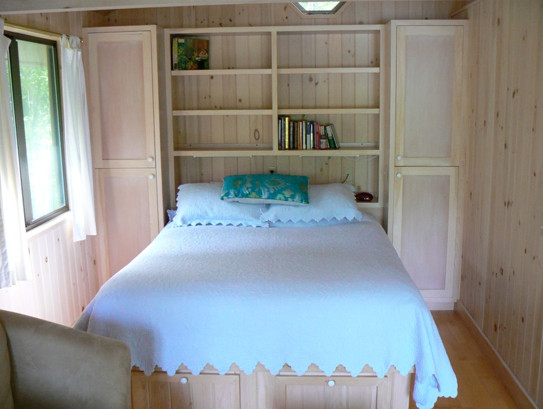 The Bedroom at the Boathouse