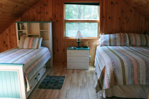 Pine Bluff Hodgdon Pond Seal Cove Maine Twin Bedroom